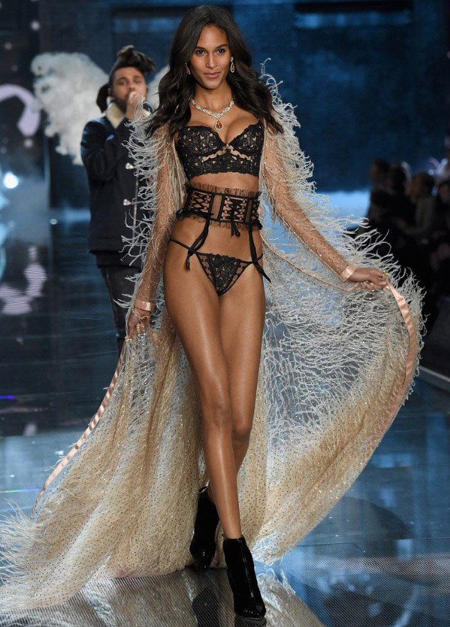 victoria-secret-fashion-show-8