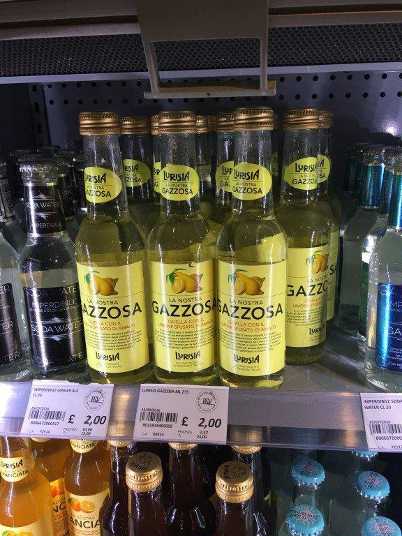 Fresh beverages @ Mercato Metropolitano - London